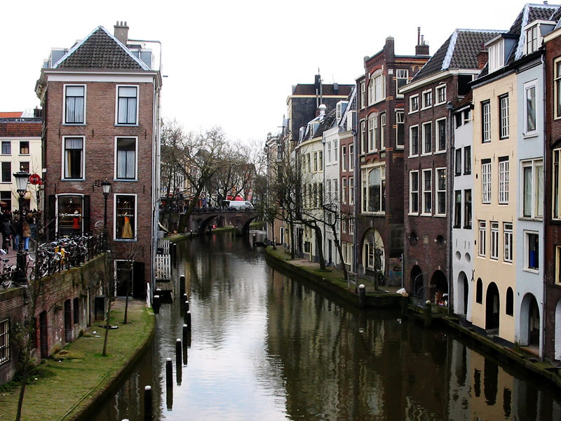 La Franche-Comté va elle démarcher des médecins à Utrecht en Hollande